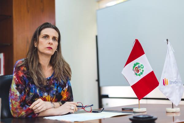 """Presidenta del Indecopi: """"Yo no creo en la mano invisible [del mercado]"""""""