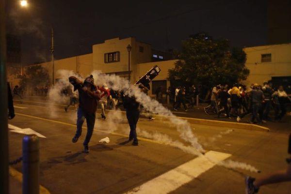 #MarchaNacional: Una noche de injustificada represión