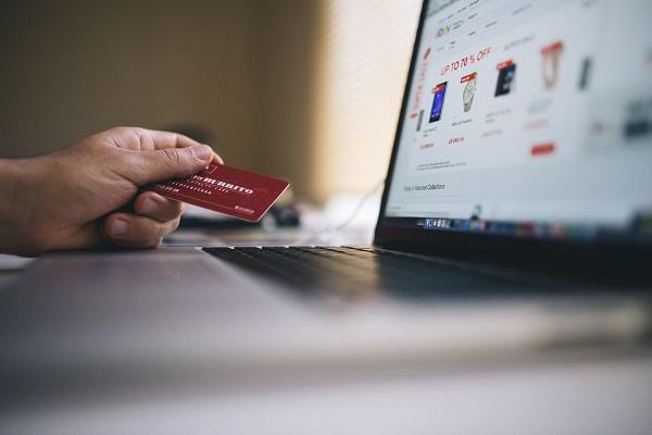 ¿Cómo implementar una tienda en línea?