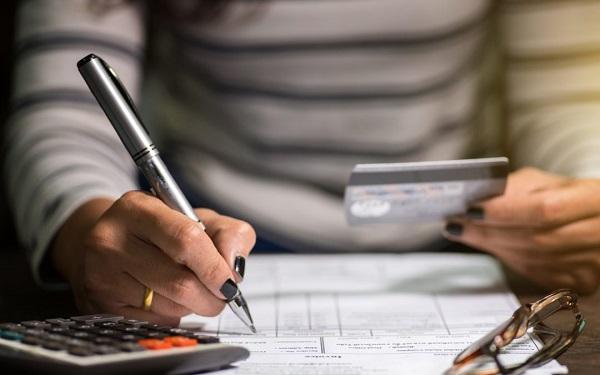 ¿Cómo salir del sistema de deudas si ya pagué?