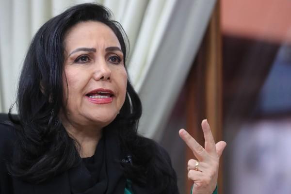 Gloria Montenegro: «Tenemos 30 años defendiéndonos de las decisiones que toma el fujimorismo»