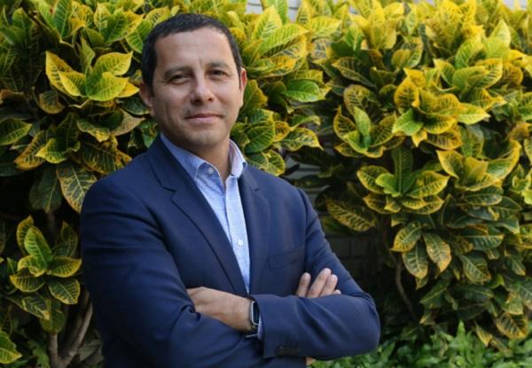 """Javier Salinas: """"Si el mercado se ve afectado, no habrá ahorro ni inversión"""""""