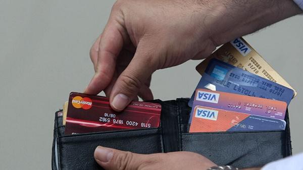 Primera tarjeta de crédito: ¿es buena idea tenerla?