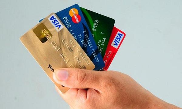 Tarjetas de crédito: Así evitarás sobreendeudarte